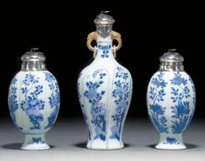 A CHINESE BLUE AND WHITE COMPO