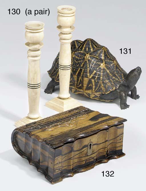 A Ceylonese tortoiseshell bron