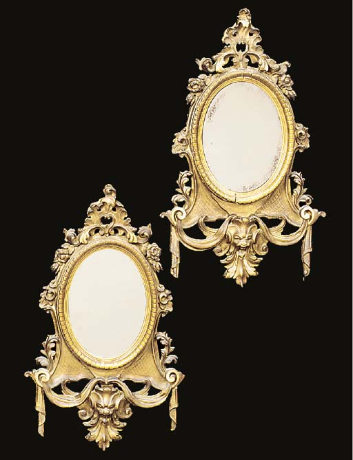 A PAIR OF FLEMISH GILTWOOD AND