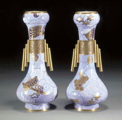 A PAIR OF 'JAPONISTE' VASES by