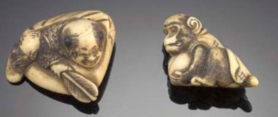 An ivory netsuke of a monkey w