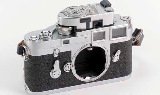 Leica M3 no. 1064118