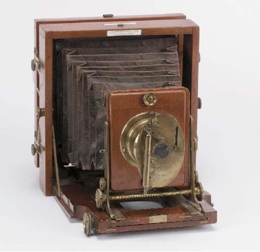 Instantograph 1896 field camer