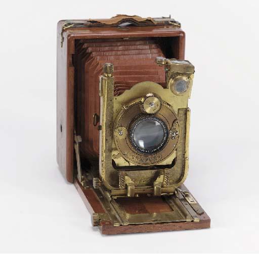 Neugold camera