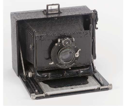 Folding hand camera no. 13401