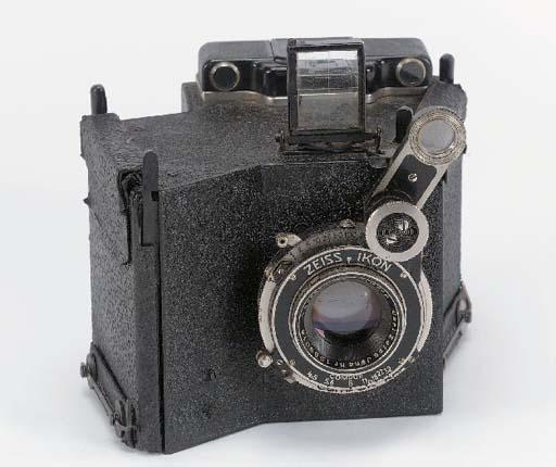 Prototype three-colour camera