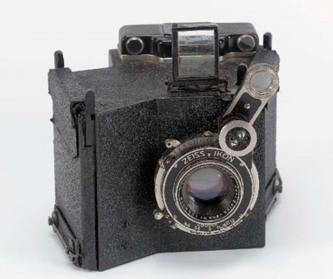 Prototype three-colour camera