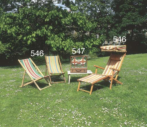 A 'Sirram' cased picnic set