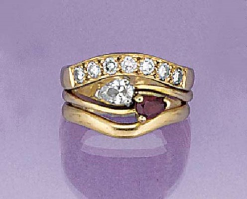 A three ring set,