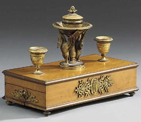 A French gilt bronze mounted s