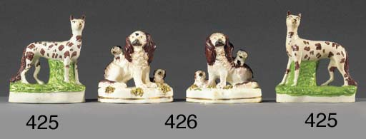 Two porcelain models of spanie