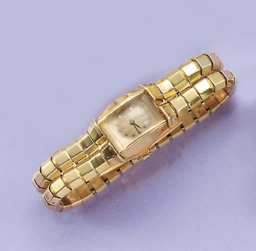 A lady's 1940's bracelet watch