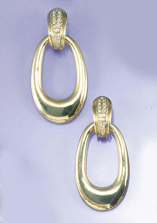 A pair of continental diamond