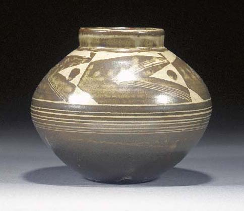A David Leach stoneware vase
