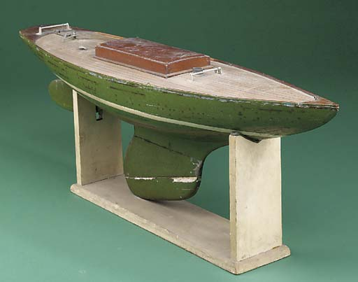 A MID-20TH CENTURY POND YACHT
