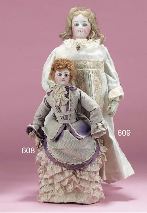A swivel-head fashionable doll