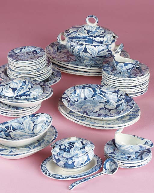 A pearlware blue and white tra