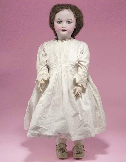 An S.F.B.J. 301 child doll