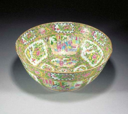 A Cantonese punch bowl 19th ce