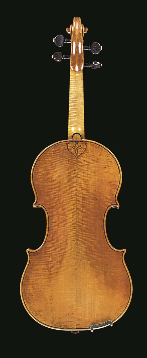 An interesting violin, Ceruti