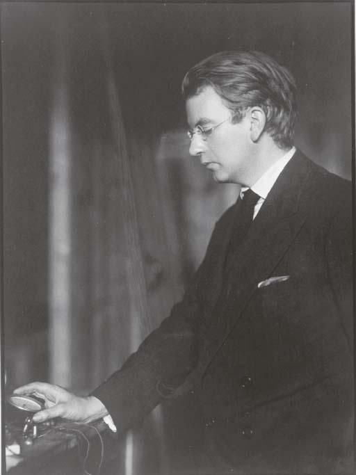 WALTER BENNINGTON