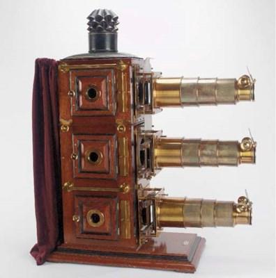 Triunial magic lantern