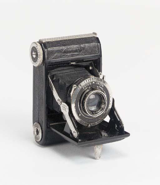Ikonta 520/18 camera
