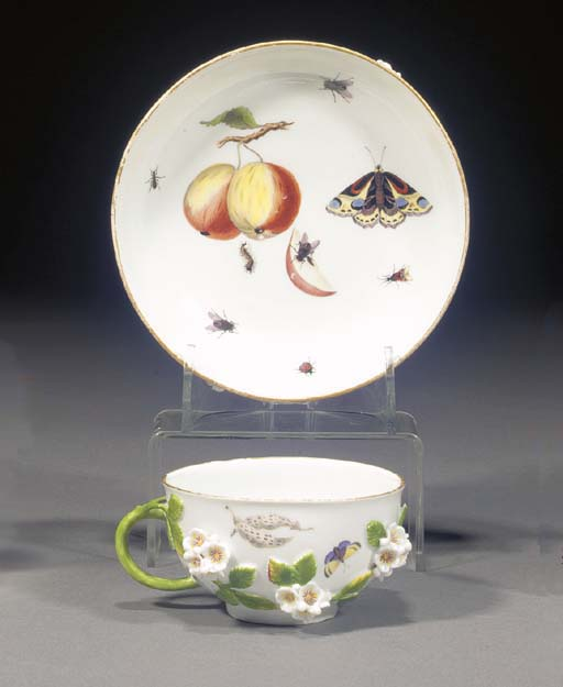 A Meissen flower-encrusted tea