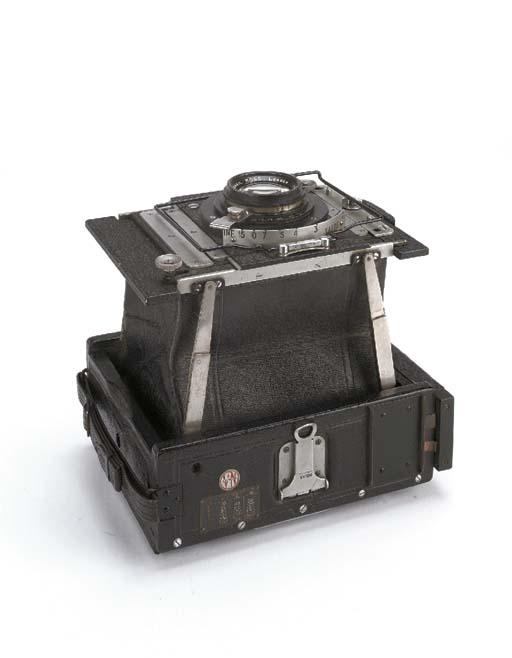 VN press camera