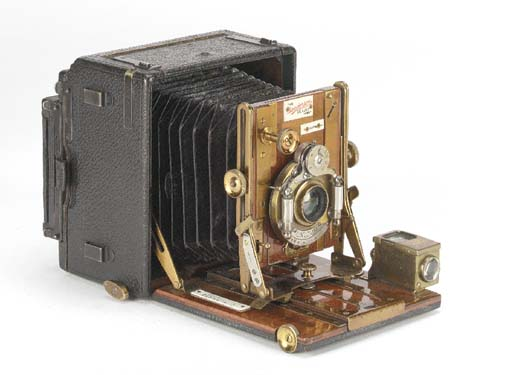 Sanderson de luxe hand camera