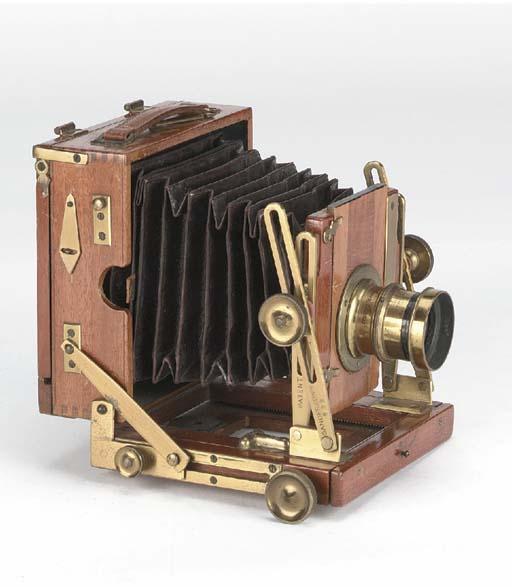 Sanderson field camera no. 733