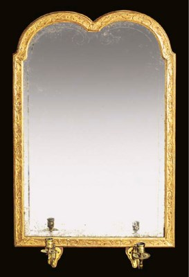 A carved gilt and gesso girand