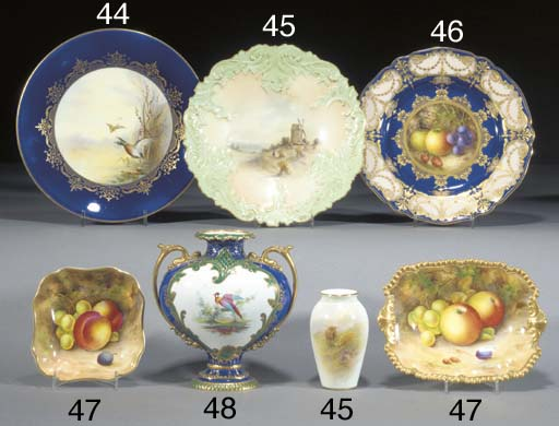 A Royal Worcester small ovifor