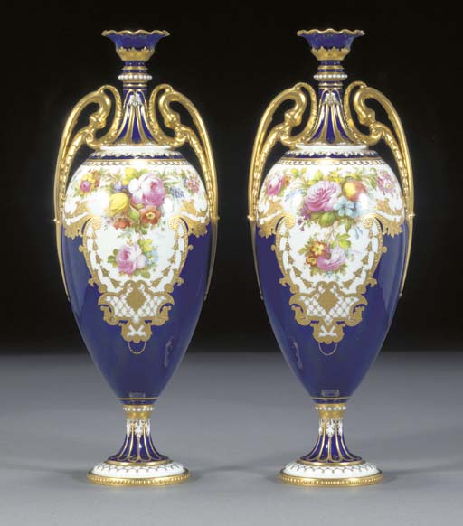 A pair of Royal Crown Derby da