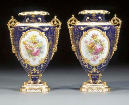 A pair of Royal Crown Derby da