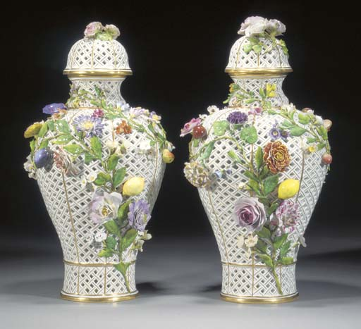 A pair of Meissen baluster ret