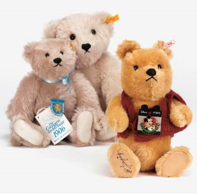 A Steiff Limited Edition Teddy