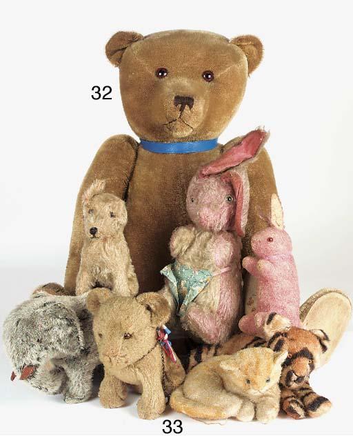 Soft toys, teddy bears and clo