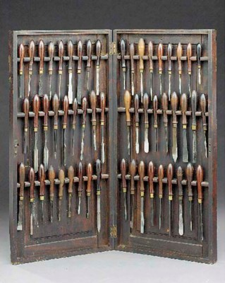 A diptych case of tools,