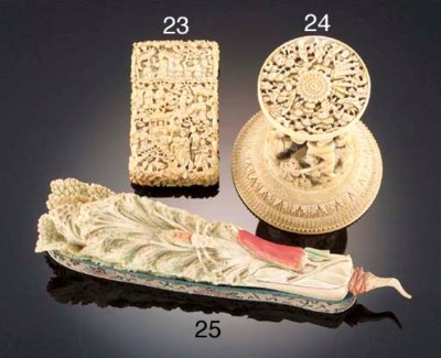 A Chinese ivory group 18/19th