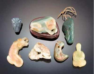 A group of hardstone carvings