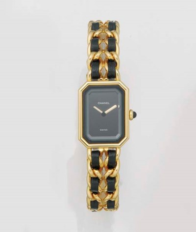 CHANEL, A LADY'S GOLD PLATED Q