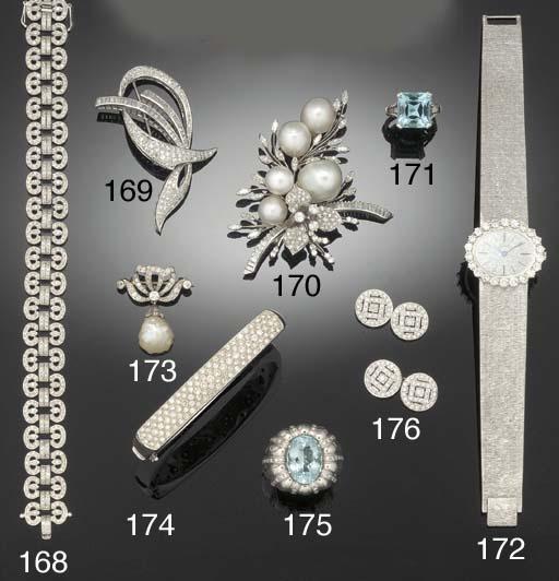 A DIAMOND DRESS SET,