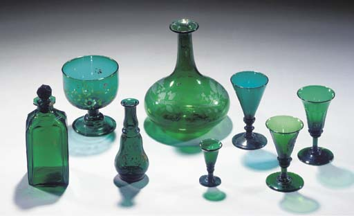 A quantity of green glass