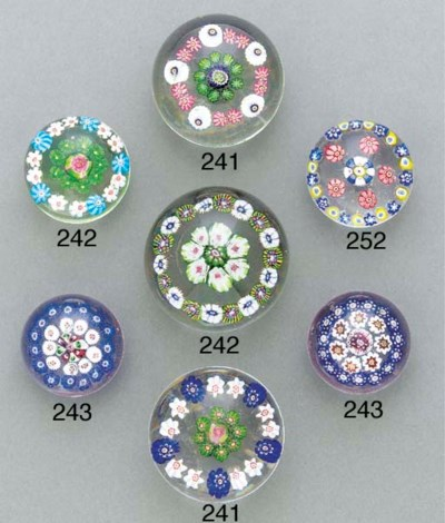 Two Baccarat miniature concent
