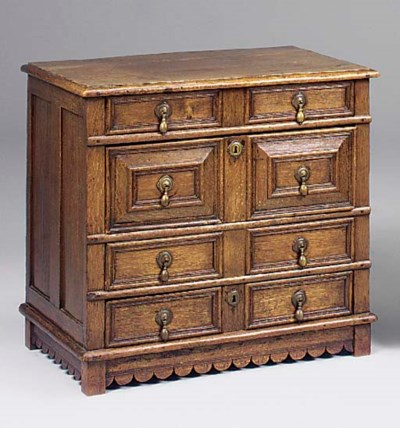 An oak chest of drawers, early