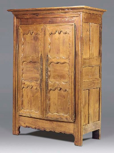 A French fruitwood and chesnut