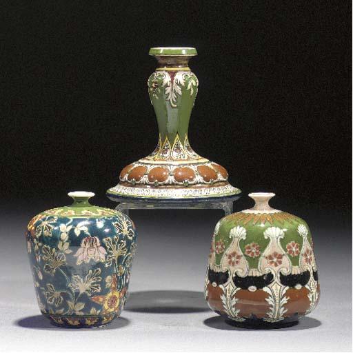 A Royal Bonn 'Old Dutch' potte