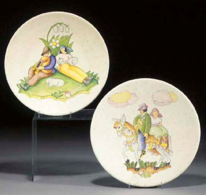 A pair of Lenci pottery charge