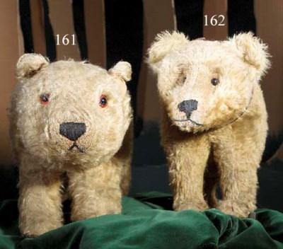 An unusual British bear on whe